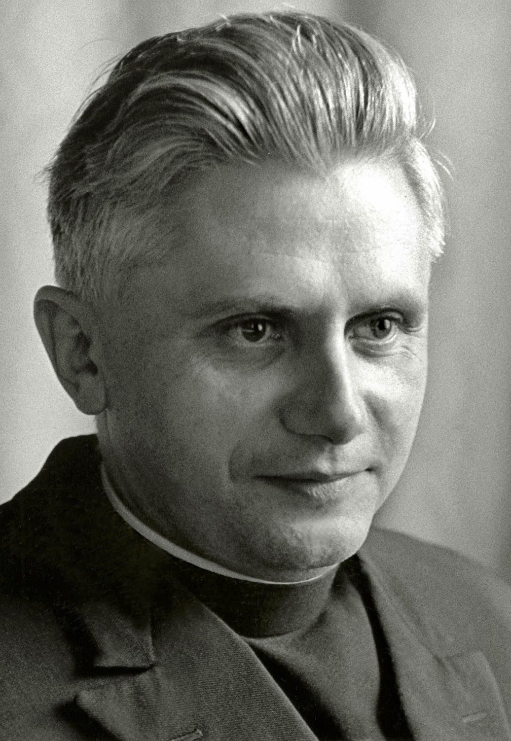 Joseph Ratzinger,  professor at the University of Regensburg, September 14, 1965